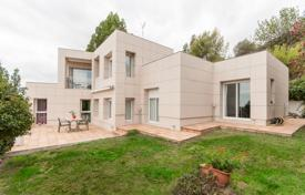 Property for sale in Sant Just Desvern. Villa – Sant Just Desvern, Catalonia, Spain