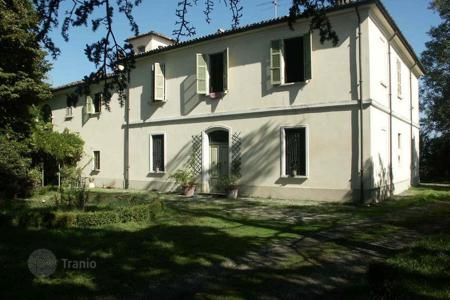 Houses for sale in Emilia-Romagna. Villa in Caorso, Italy