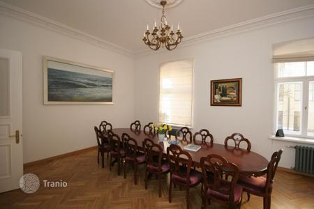 4 bedroom apartments for sale in Latvia. Spacious apartment in the center of Riga