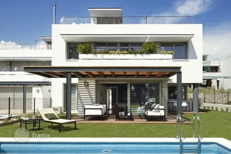 Residential for sale in Sant Vicenç de Montalt. Terraced house – Sant Vicenç de Montalt, Catalonia, Spain