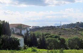 Coastal property for sale in Estepona. Estepona, Arena Beach. New construction Villa of 190 m² with plot of 836 m²