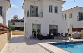 Coastal houses for sale in Famagusta. Three-bedroom detached house in the center of Protaras