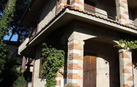 4 bedroom houses for sale in Pietrasanta. Villa – Pietrasanta, Tuscany, Italy