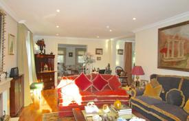 Residential for sale in Madrid. Completely renovated chalet on a plot of 1,060 m² and 500 m²