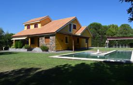 Residential for sale in Madrid. Villa with large windows, a pool and a terrace, Pozuelo de Alarcon, Spain