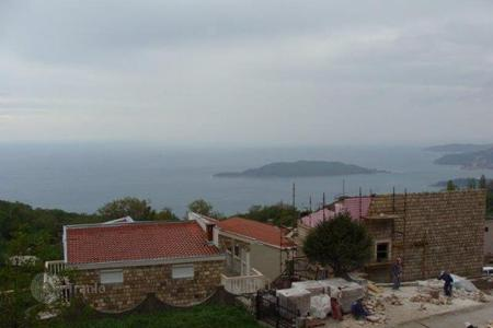 Coastal development land for sale in Budva. This attractive plot of land is located in the village of Kuljace in Budva
