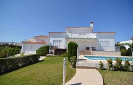 Luxury houses for sale in Neo Chorio. 5 Bed Prestige Villa Neo Choriou