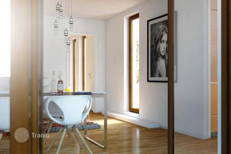 2 bedroom apartments for sale in Hessen. Two-bedroom apartment in a new residential house, Frankfurt, Germany