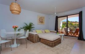 Apartments with pools for sale in Costa del Sol. Furnished apartment with a panoramic view of the sea and the mountains, in a prestigious district, near the center of Marbella, Spain