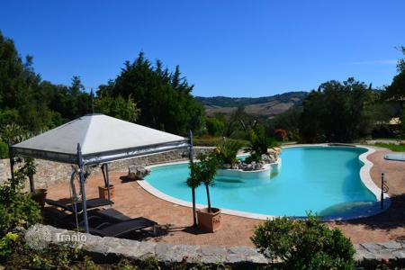 Property for sale in Saturnia. Amazing villa in Saturnia, Italy