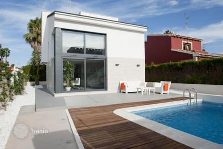 Property for sale in Mar Menor. Spacious villas in a new development, San Havier, Spain