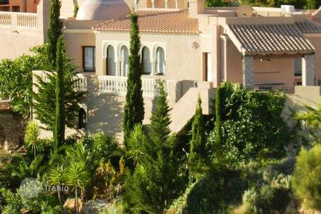 Houses with pools for sale in Turre. Villa – Turre, Andalusia, Spain