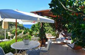 Apartments with pools for sale in Tuscany. Prestigious house with sea view in Tuscany-Monte Argentario