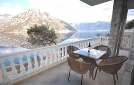 Houses with pools for sale in Kotor. Villa – Kotor (city), Kotor, Montenegro