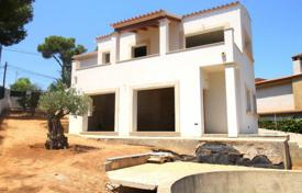 New villa with a private garden, a pool and a parking, El Toro, Spain for 630,000 €