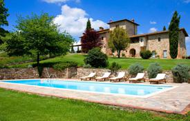 Luxury houses for sale in Tuscany. Agricultural – Siena, Tuscany, Italy