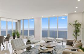 Comfortable apartment with ocean views in a residence on the first line of the beach, Hallandale Beach, Florida, USA for $1,895,000