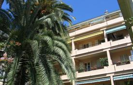 Luxury 1 bedroom apartments for sale overseas. Apartment – Provence — Alpes — Cote d'Azur, France
