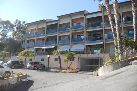 4 bedroom apartments by the sea for sale in Europe. Apartment in San Remo, Italy
