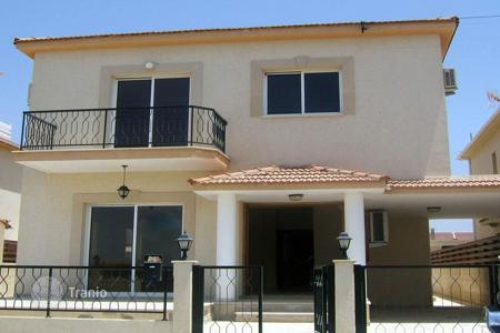 Residential for sale in Aradippou. Four Bedroom Link Detached House