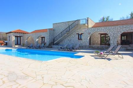 Chalets for sale in Paphos. Detached Stone Villa, 6 Bedrooms close to Luxury Spa Resort — Giolou