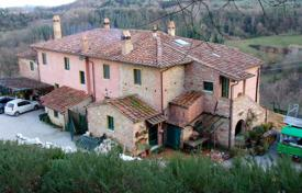 5 bedroom houses for sale in Tuscany. Villa – Pisa, Tuscany, Italy