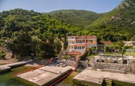 Luxury houses for sale in Herceg-Novi. Townhome – Morinj, Herceg-Novi, Montenegro