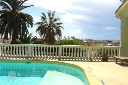 Apartments with pools by the sea for sale in Bordighera. Apartment – Bordighera, Liguria, Italy