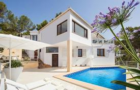 Property for sale in Majorca (Mallorca). Modern villa with a private plot, a garden, a swimming pool, a parking and terraces overlooking the ocean, Mallorca, Spain