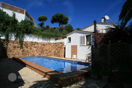 4 bedroom houses by the sea for sale in Tossa de Mar. Villa – Tossa de Mar, Catalonia, Spain