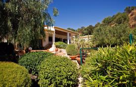 Property for sale in Tavira. Detached 4 bedroom villa with pool and big plot, near Santa Catarina, Tavira