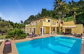 4 bedroom villas and houses to rent in Côte d'Azur (French Riviera). Arc en Ciel