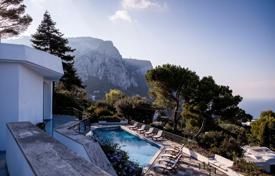 Villas and houses for rent with swimming pools in Italy. Villa – Capri, Campania, Italy