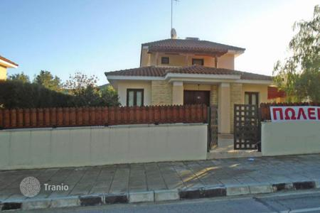 3 bedroom houses for sale in Mosfiloti. Three Bedroom Detached House