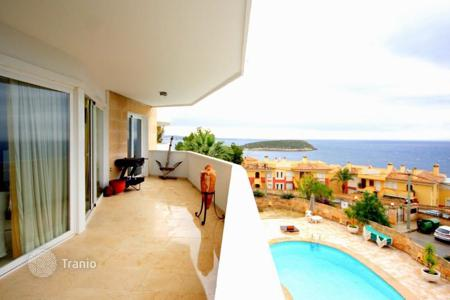 5 bedroom apartments for sale in Balearic Islands. Apartment – Cala Vinyes, Balearic Islands, Spain