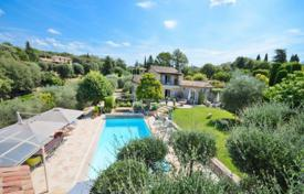 Luxury residential for sale in Grasse. Villa – Grasse, Côte d'Azur (French Riviera), France