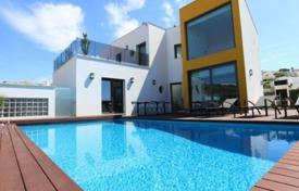Houses with pools for sale in Faro. New modern villa with a pool, Albufeira, Portugal