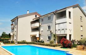 Apartments with pools for sale in Istria County. Apartment – Umag, Istria County, Croatia