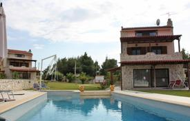 Coastal houses for sale in Administration of Macedonia and Thrace. Detached house – Kassandreia, Administration of Macedonia and Thrace, Greece