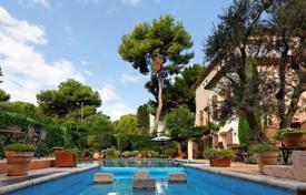 Luxury property for sale in Antibes. Splendid property with panoramic sea views