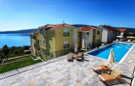 Apartments with pools for sale in Montenegro. Apartment – Baosici, Herceg-Novi, Montenegro