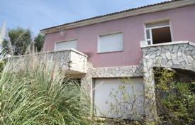 Foreclosed 4 bedroom houses for sale in Vidreres. Villa – Vidreres, Catalonia, Spain
