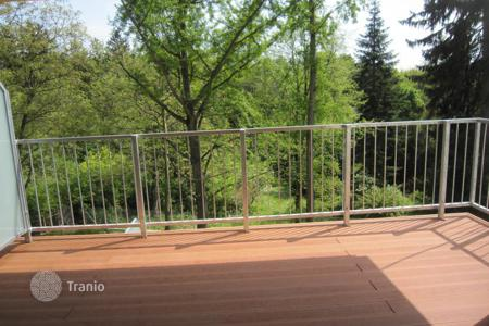 4 bedroom apartments for sale in Austria. Luxury four-room apartment with beautiful views of the forest in the 14th district of Vienna