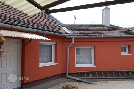 Houses for sale in Komarom-Esztergom. Detached house – Dorog, Komarom-Esztergom, Hungary