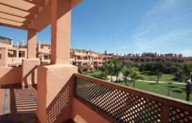 3 bedroom apartments by the sea for sale in Costa del Sol. Amazing penthouse in famous urbanization in the New Golden Mile Hacienda del Sol