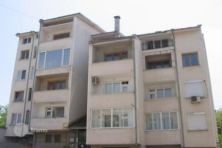 Cheap residential for sale in Veliko Tarnovo. Apartment – Veliko Tarnovo (city), Veliko Tarnovo, Bulgaria