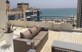 Penthouses for sale in Alicante. Furnished penthouse with a roof-top terrace and a panoramic sea view, Alicante, Spain