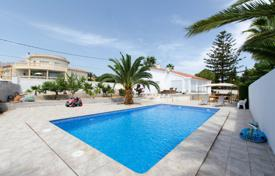 Property for sale in La Nucia. Villa with designer renovation in La Nucia, Alicante, Spain