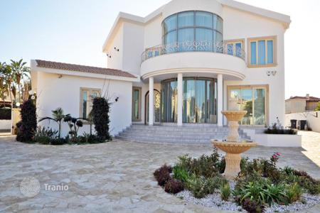 5 bedroom houses for sale in Famagusta. Luxurious Five Bedroom Villa with Private Pool in Agia Triada