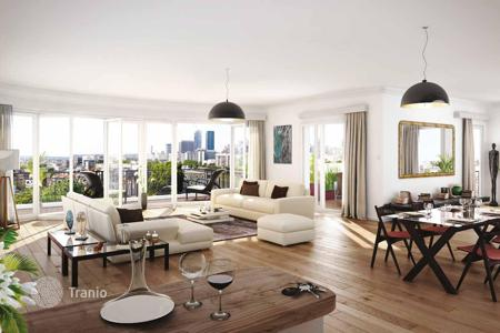 New home from developers for sale in Ile-de-France. Apartments from developer, with a view of the Seine, in a new riverside residence, in Neuilly-sur-Seine. Instalment plan!